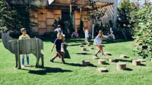 Kleine Naturkinder auf Entdeckungstour in der Grüne Erde-Welt